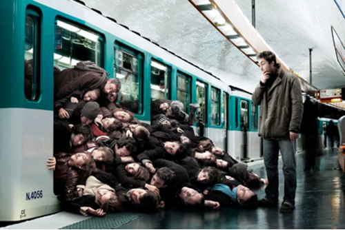 Muy_Apretados_en_el_Metro